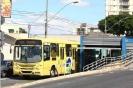 Ônibus BRT em corredor